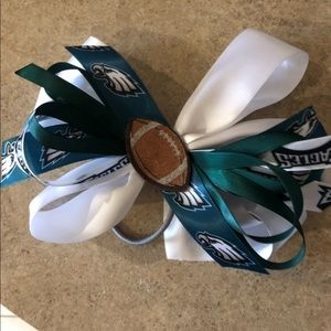 Accessories - Eagles bows